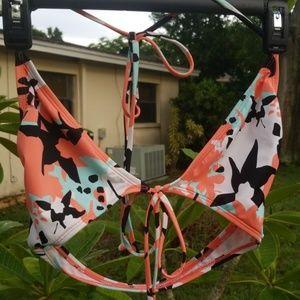 👙 Roxy DVF Collection 3-piece Bikini 👙